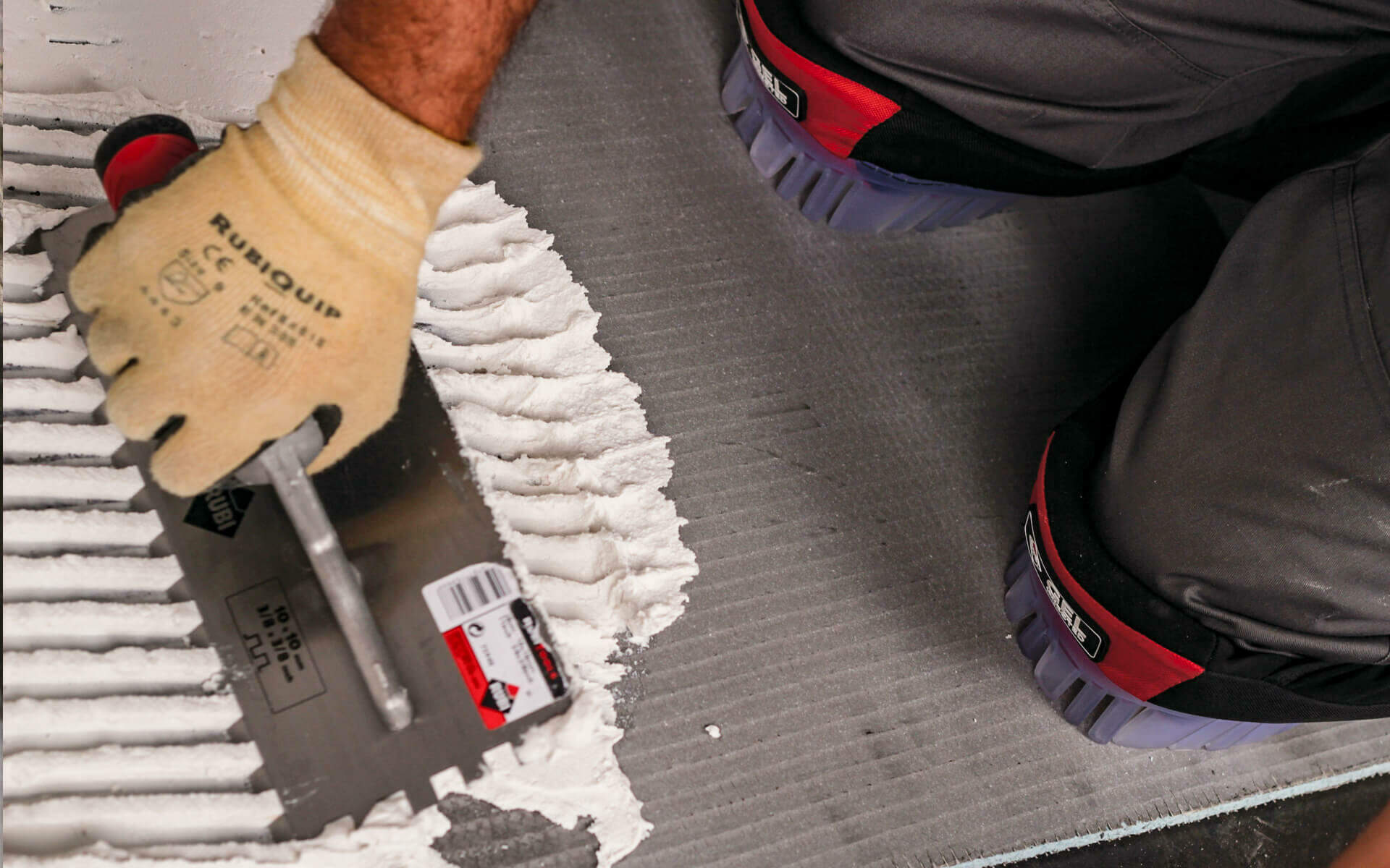 How to choose the best tile trowel size