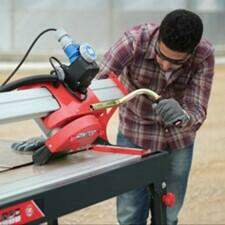 Electric tile cutters