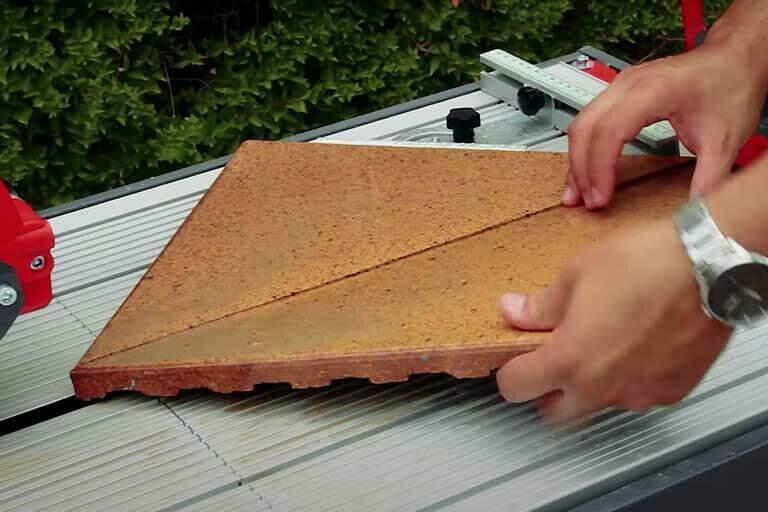 mitred-tiling