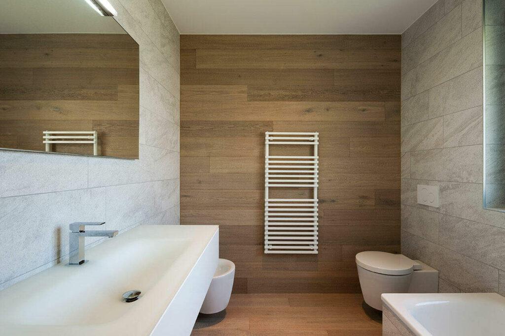 azulejo imitación madera pared