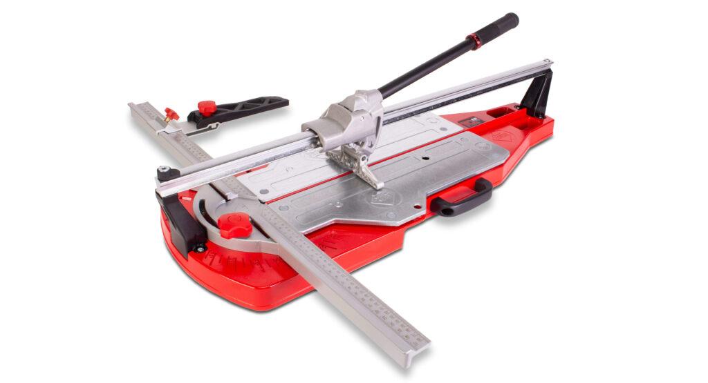 De TQ tegelsnijder is één van de nieuwste producten die de tegelzetter op de Bouwbeurs kan zien.