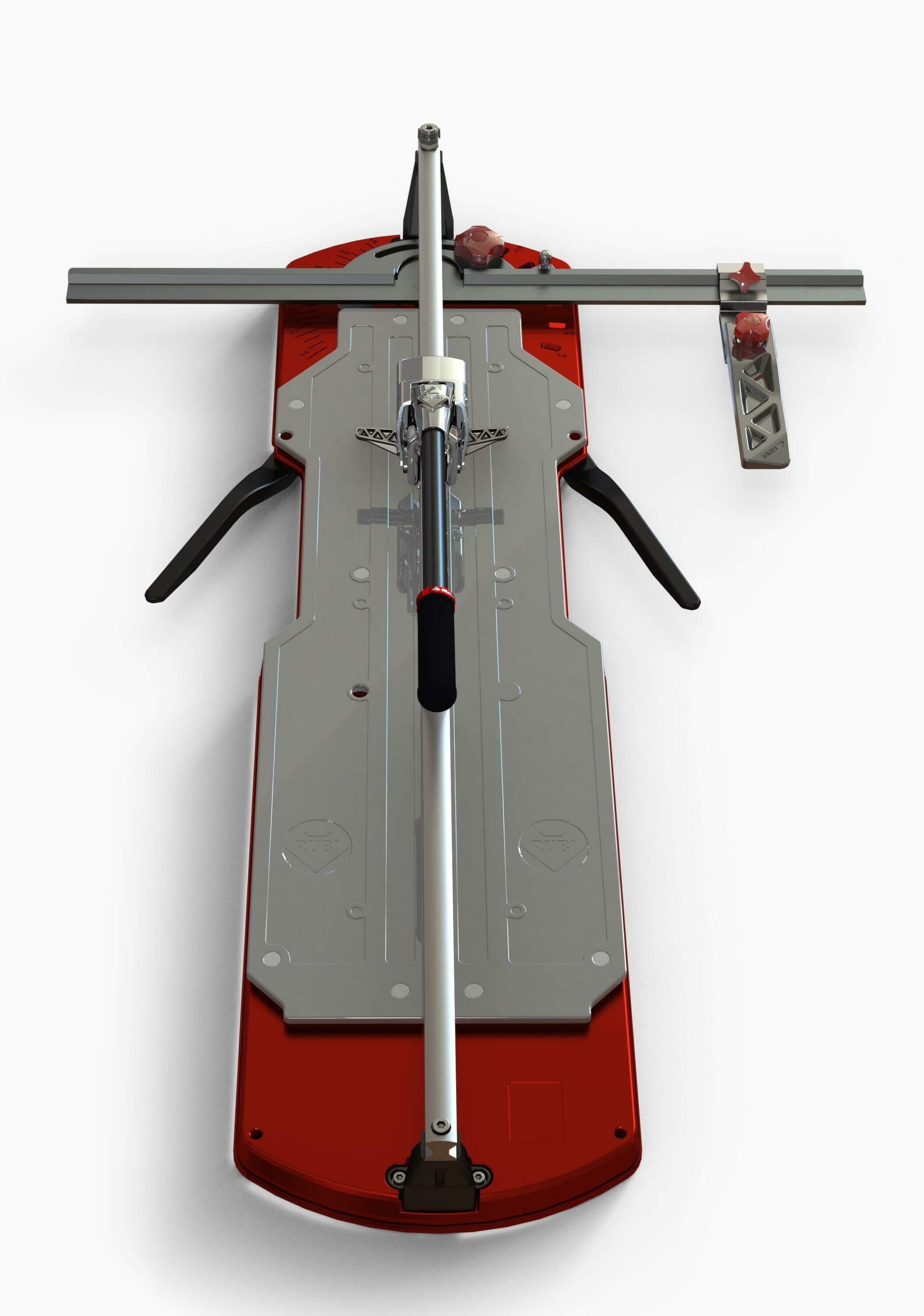 De grootste uitvoering van de TQ tegelsnijder heeft extra zijsteunen voor grootformaat tegels.