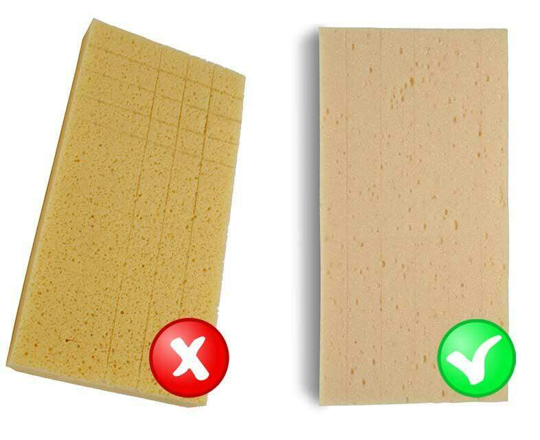 Gebruik in plaats van een spons met blokjes liever een spons met lengtesneden om de voegen mooi te houden.