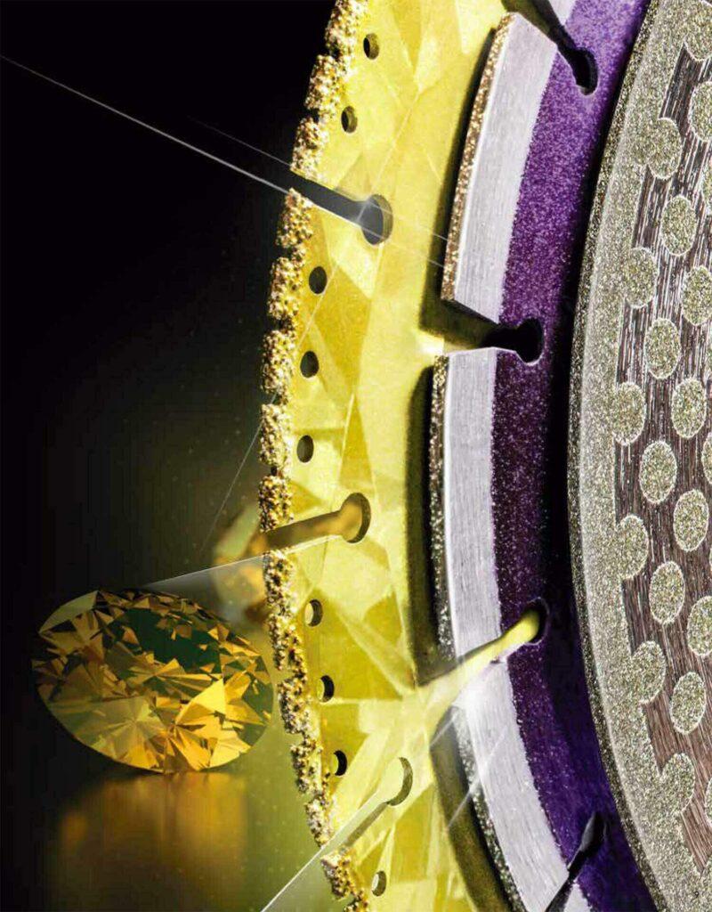 Zaagbladen met diamant zijn er in diverse uitvoeringen.
