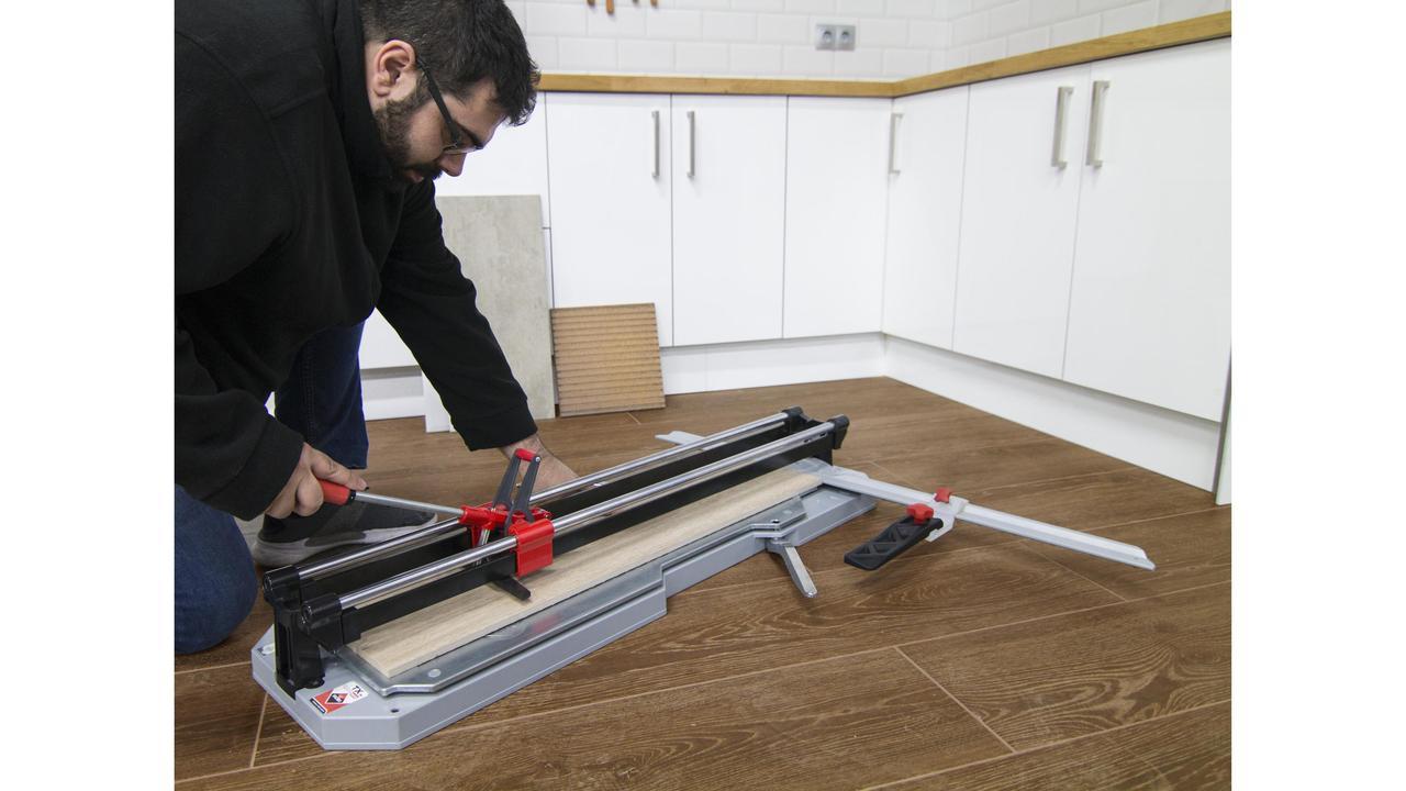 tx n manueller fliesenschneider rubi tools deutschland. Black Bedroom Furniture Sets. Home Design Ideas