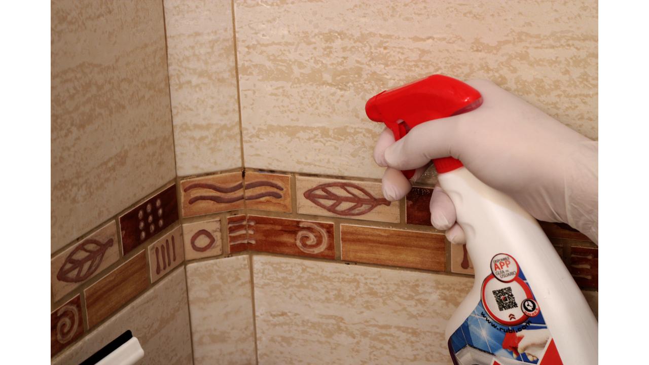 Como limpiar las juntas de la ducha interesting azulejos - Limpiar juntas azulejos ducha ...