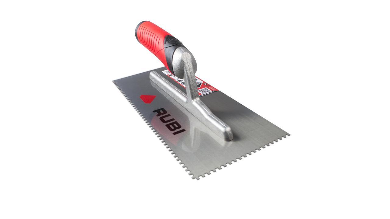 Ceramic tile removal tool