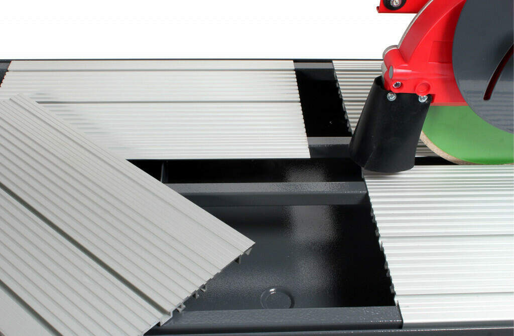The best tile saw - RUBI DC-250 Removable tables