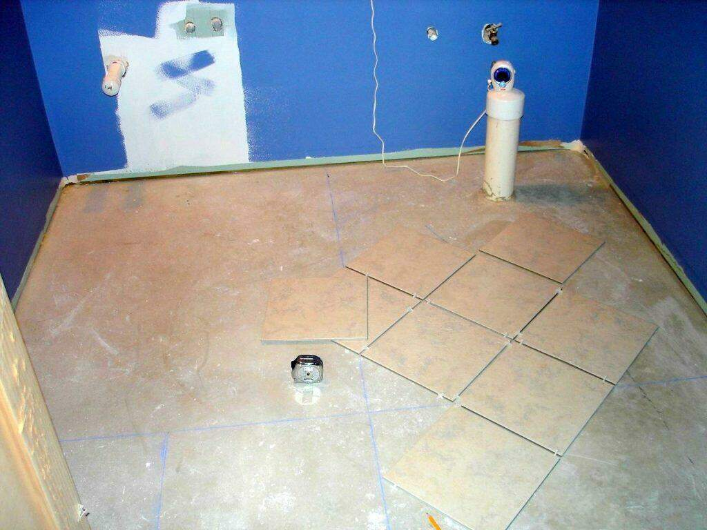 Tile installation problems how to avoid the worst mistakes tile installation problems nice layout using chalk lines dailygadgetfo Image collections
