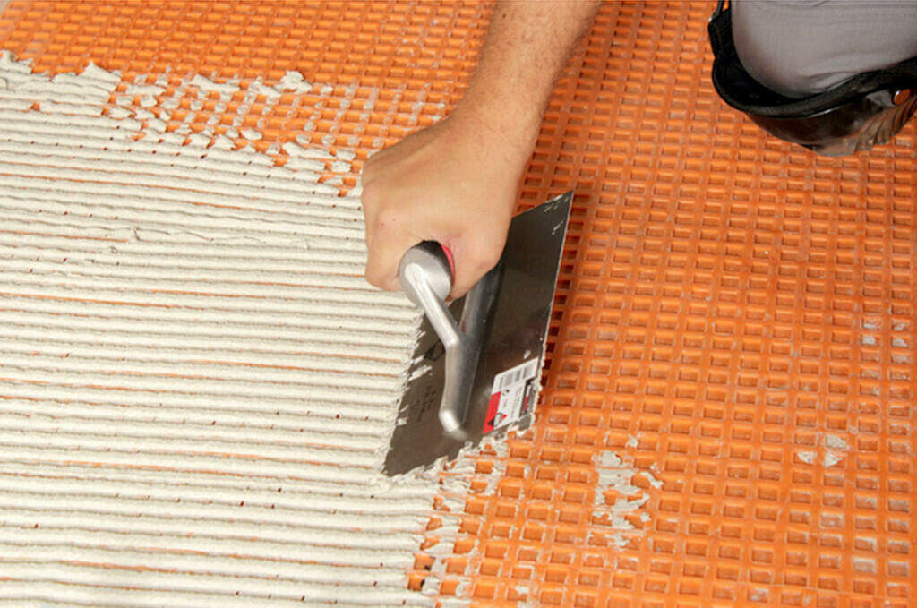 Grouting Tile - Applying Grout